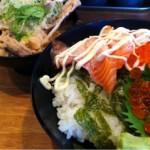 天満駅すぐ とみやさんの炙りサーモン丼と漁師汁