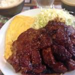 男の昼飯はガッツリ勝負のサルベーコンさんのトンテキランチ