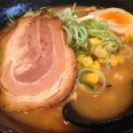 旭川味噌ラーメン「麺家じゃんぷ亭」さんの味噌ラーメンはちぢれ麺