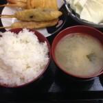 串かつ旭さんのお任せ串500円定食
