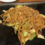 お好み焼き・焼きそば 鶴橋風月の梅田店さんの焼きそばランチ