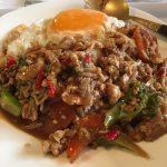 タイ料理のチャンタイさんでのパッ・ガパオ・ガイ(鶏肉野菜炒め)
